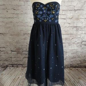 Modcloth Blue Embroidered Flower Dress Size M